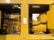 Caterpillar C18 - 600KW Tier 2 Diesel Generator Set